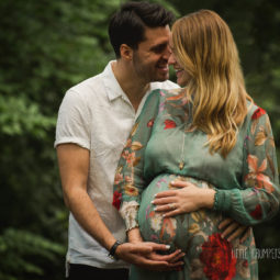 London Maternity Photographer: Summer Outdoor Sessions
