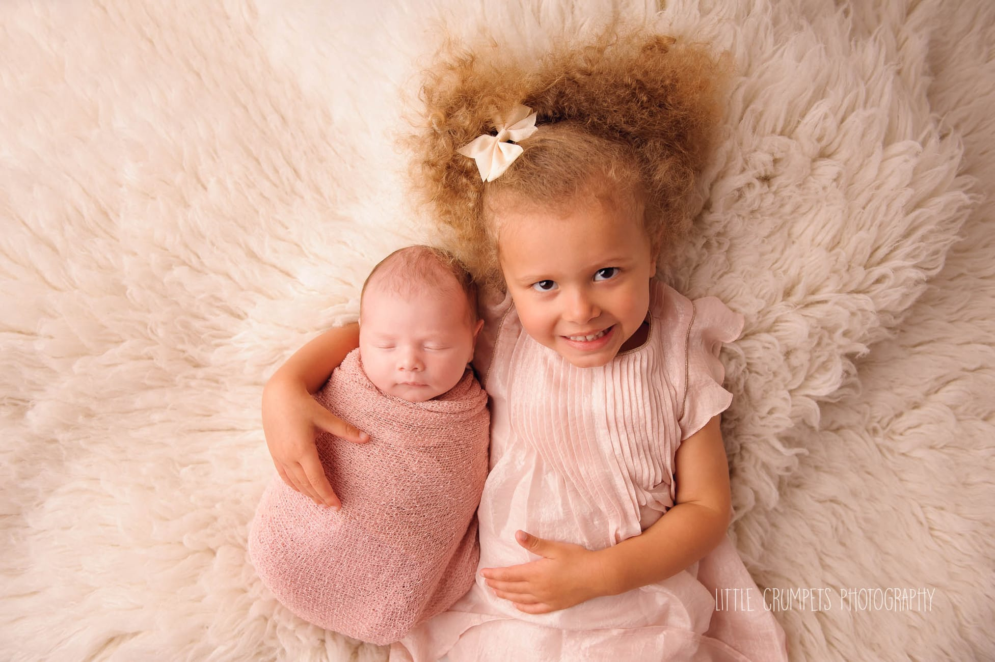 newborn-sibling-portraits-london